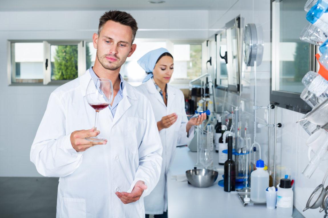 """Wino """"powstanie"""" w laboratorium"""